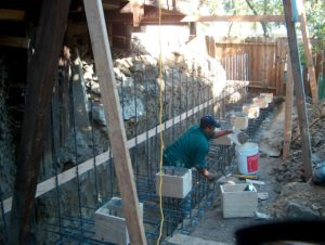 outdoor retaining wall
